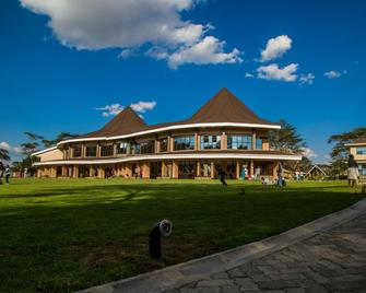 Lake Naivasha Resort - Naivasha - Building