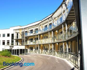 Tehvandi Hotell - Otepaa - Building