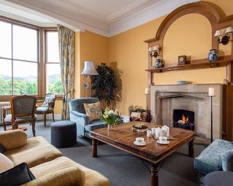 The Lovat, Loch Ness - Fort Augustus - Living room