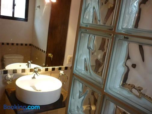 Aloha Village - La Pedrera - Bathroom