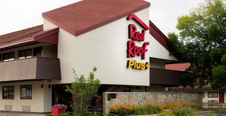 Red Roof Inn Plus+ Pittsburgh South - Airport - Pittsburgh - Edificio
