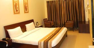 Hotel Reeva Suites - Shirdi