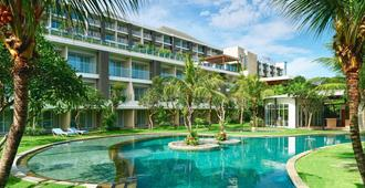 Four Points by Sheraton Bali, Ungasan - Νότια Κούτα - Πισίνα