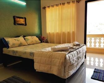 Kiara Hotel Goa - Anjuna - Slaapkamer