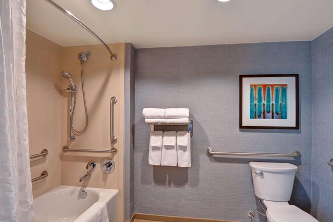 Hyatt Place Memphis Wolfchase Galleria - Memphis - Bathroom