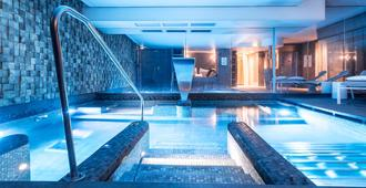 Balthazar Hotel & Spa Rennes MGallery by Sofitel - Rennes - Svømmebasseng