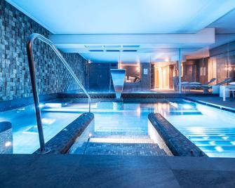 Balthazar Hotel & Spa Rennes MGallery by Sofitel - Rennes - Pool
