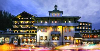 Hotel Vier Jahreszeiten Berchtesgaden - Berchtesgaden - Edificio