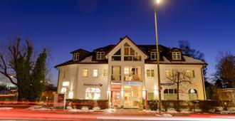 Hotel Landhaus Ambiente - מינכן - בניין