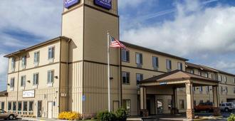 Sleep Inn & Suites - Redmond