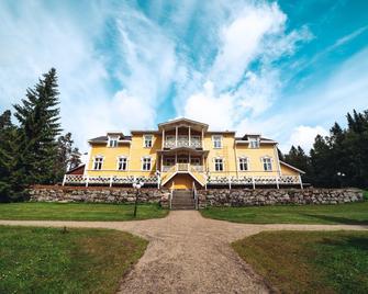 Karolineburg Manor House Hotel - Kajaani - Gebouw