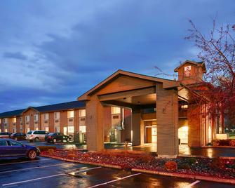 Best Western Plus Rama Inn & Suites - La Grande - Building