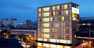 D Varee Xpress Makkasan - Bangkok - Gebäude
