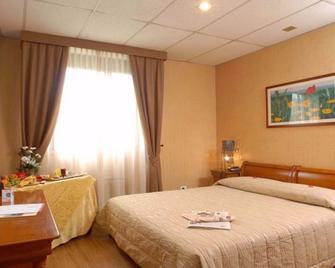Thp Hotel Bologna - Pianoro - Slaapkamer