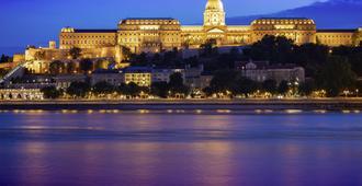 Ibis Budapest Aero - בודפשט - נוף חיצוני