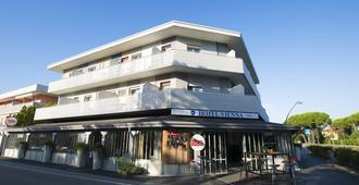 Hotel Vienna - Bibione - Edificio