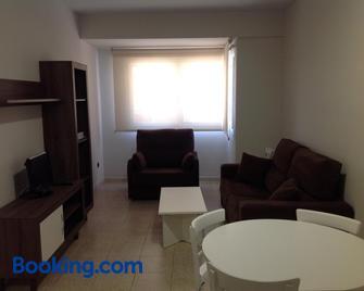 Apartamentos Marynton - Benicarló - Wohnzimmer