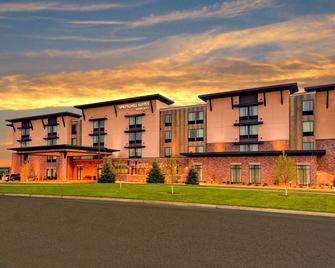 SpringHill Suites by Marriott Bozeman - Bozeman - Building