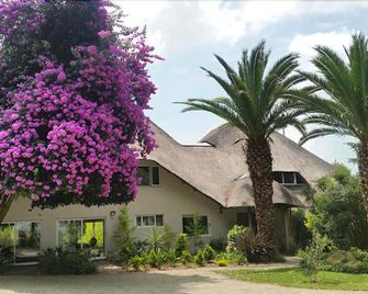Highveld Splendour Boutique Hotel - Ermelo - Building
