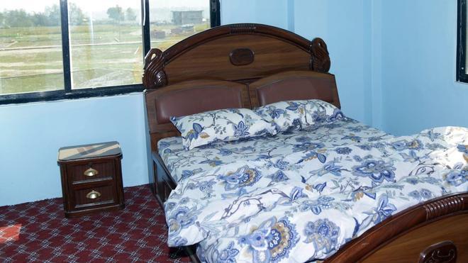 Lincoln Holiday Home - Kathmandu - Bedroom