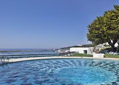 Hotel Do Mar - Sesimbra - Alberca