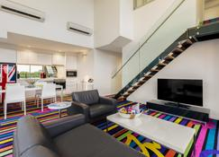 Adge Apartments - Sydney - Stue