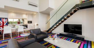 Adge Apartments - Sydney - Wohnzimmer