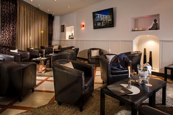 Best Western Le Comtadin - Carpentras - Lounge