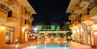 Albano Hotel - Cesme - Pool