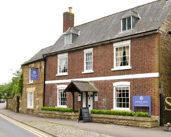 The Wisteria Hotel - Oakham - Edificio