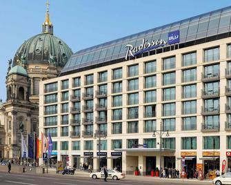 Radisson Blu Hotel, Berlin - Berlijn - Gebouw