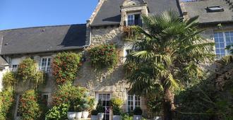 Chambres d'Hôtes Mr et Mme Briand - Dinan - Edificio