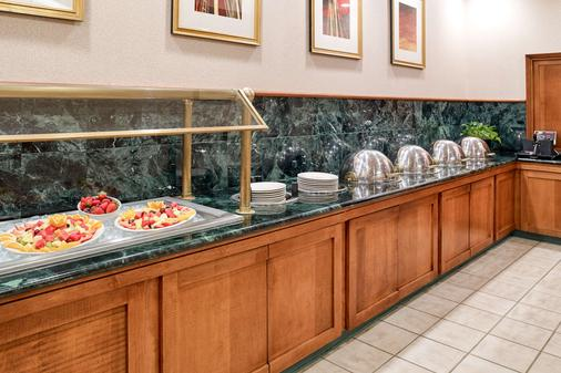 Clarion Hotel Airport - Portland - Buffet