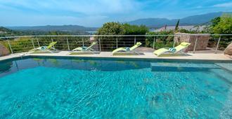 Private Hotel - Porto-Vecchio - Pool