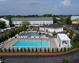 The Cove at Yarmouth, a VRI resort - West Yarmouth - Gebäude