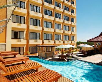 Pandanaran Hotel Semarang - Semarang - Pool