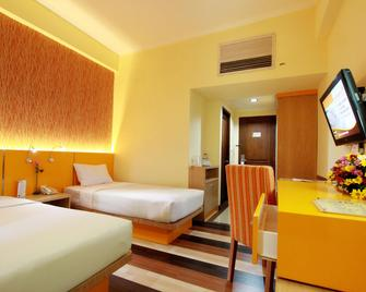 Pandanaran Hotel - Semarang - Phòng ngủ