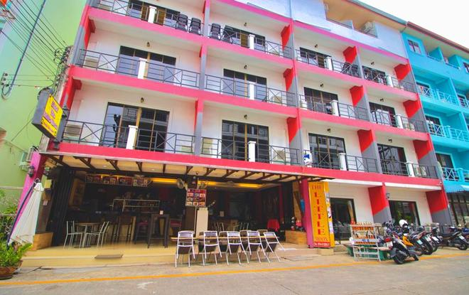The Little Moon Residence - Patong - Building