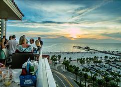 Pier House 60 Clearwater Beach Marina Hotel - Клеарватер Беач - Удобства в номере
