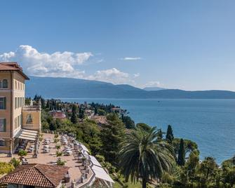 Hotel Villa Del Sogno - Gardone Riviera - Outdoors view