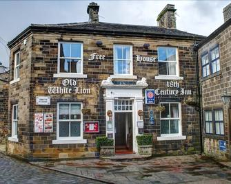 The Old White Lion Hotel - Keighley - Gebäude