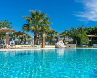Stamos Hotel - Afantou - Pool