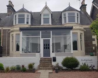Lochtybank Guesthouse - Carnoustie - Gebouw