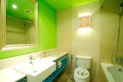 Salil Hotel Sukhumvit Soi 8 - Μπανγκόκ - Μπάνιο