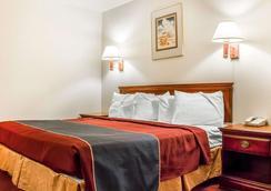 Rodeway Inn - Winslow - Bedroom
