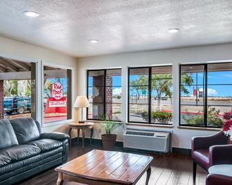 Red Roof Inn Palmdale/Lancaster - Palmdale - Wohnzimmer