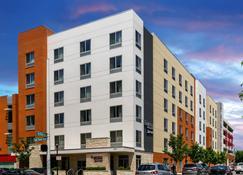 Fairfield Inn & Suites Cincinnati Uptown/University Area - Cincinnati - Gebäude