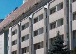 International Hotel Astana - Almaty - Building