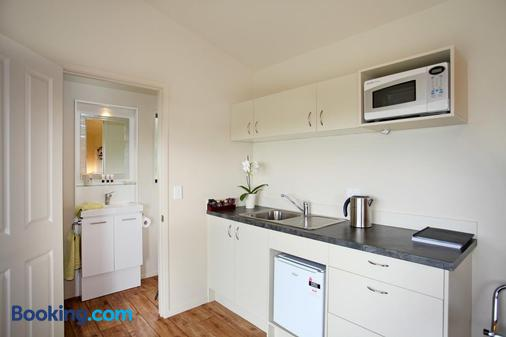 Auckland Country Cottages - Auckland - Cocina