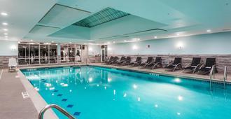 Fairfield Inn & Suites By Marriott Chicago Schaumburg - Schaumburg - Svømmebasseng